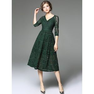 Size Large forest green lace dress